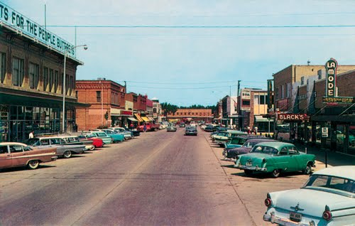 Scotty moore the empire builder 3rd avenue looking north towards train depot in havre montana ca1960 photo courtesy panoramio sciox Choice Image