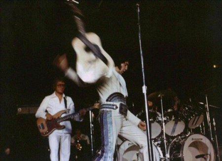 The Performance Guitars Of Elvis Presley